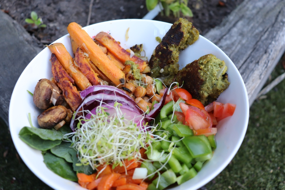 Buddha bowls, vegan food, healthy living and healthy foods